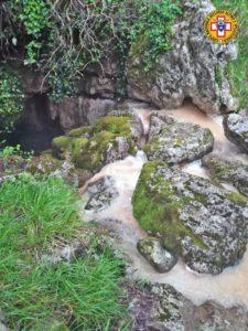 La Piena improvvisa nella Grotta del Bifurto